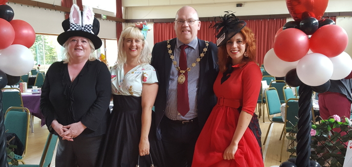 Welcome to the Mayor and Mayoress of Newport Pagnell